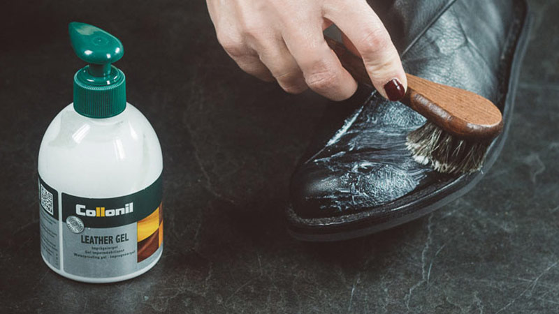How to Use Collonil Leather Gel